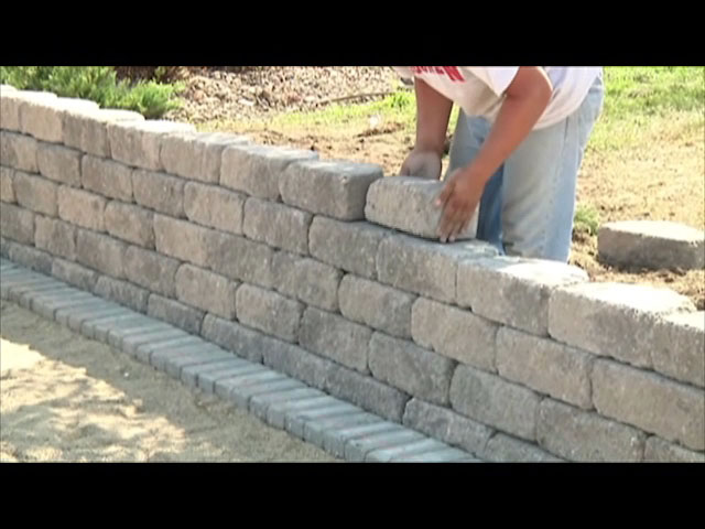 3 12 x 11 12 crestone beveled retaining wall block at menards solutioingenieria Images